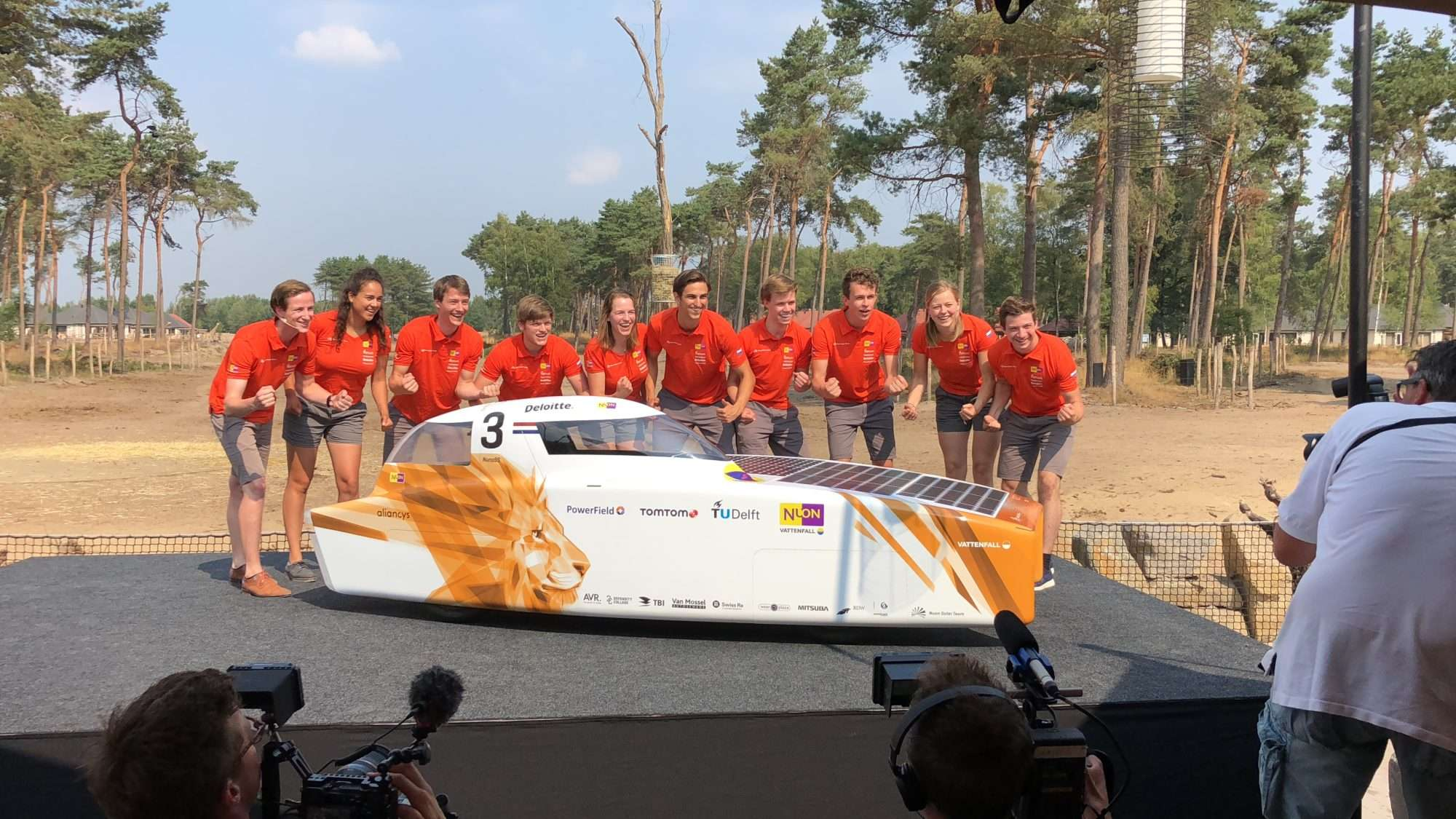 Nuon Solarteam Nuna9s onthulling PowerField